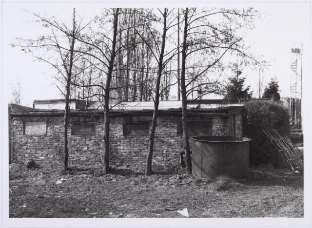 014208 - Gebouwtje op het terrein van oud ijzerhandel Van Raak aan de Alpenlaan