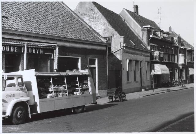 024513 - Westzijde van het Korvelplein