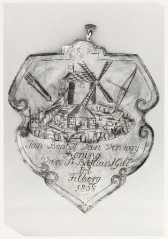 067425 - Schuttersgilden. Handboogschuttersgilde Sint Sebastiaan. Koningsschild van Jan Baptist van Venrooij gedoopt Tilburg 23 juli 1778, overleed Tilburg 7 april 1835. Molenaar op de oude Korvelse molen.