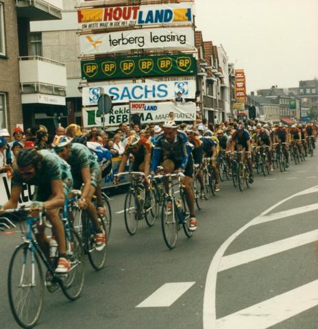 653068 - Wielrennen. Profronde van Nederland.