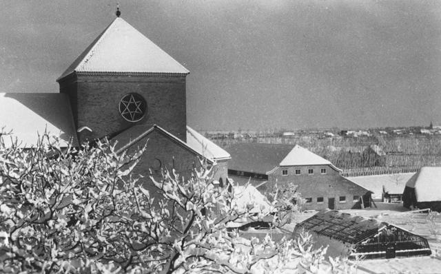 105263 - Toren van de abdijkerk van de Sint Paulusabdij. Kloosters