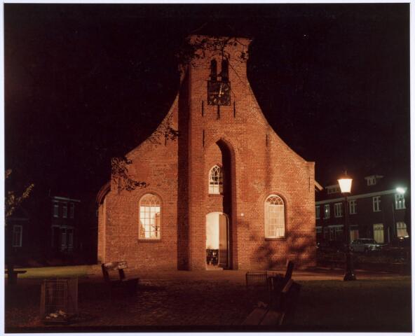 020314 - Sfeervolle foto van de Hasseltse kapel. avondopname