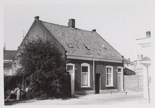 024958 - Panden Laagstraat 15 (rechts) en 17 (links)