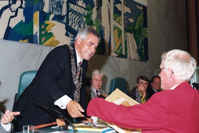 1237_010_763_025 - Installatie burgemeester Stekelenburg als burgemeester van Tilburg.
