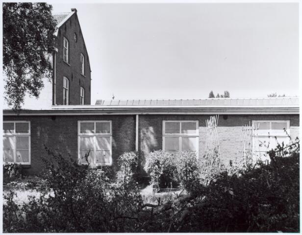 015149 - Achterzijde van een voormalige fabriek aan de Bisschop Zwijsenstraat