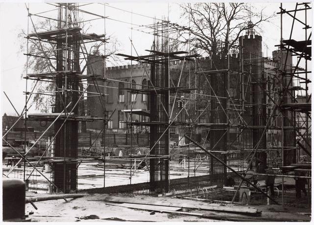 032589 - Hoogbouw aan het Stadhuisplein