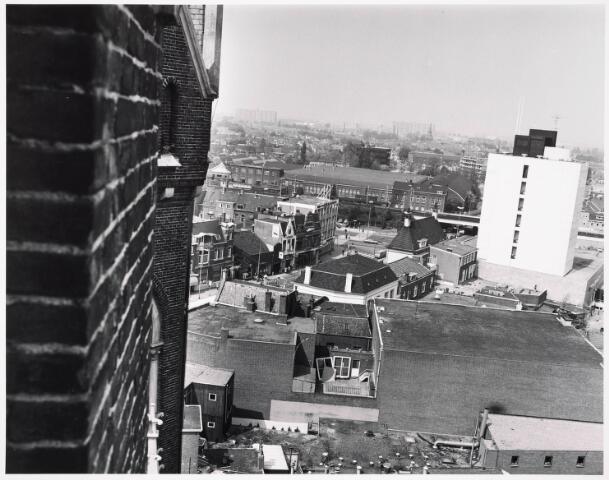 036393 - Panorama van Tilburg vanaf de toren van de Heuvelse kerk;
