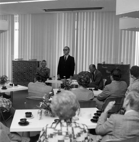 1237_012_990_001 - Viering van een jubileum van textiel firma Van Besouw b.v. bij restaurant Boschlust in Goirle in juni 1976.