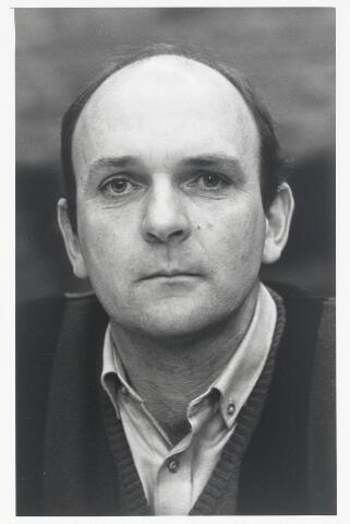 90989 - Made en Drimmelen.Raadslid H.A.M. Snoek (Doorgaan '86) tijdens de raadsperiode 1986 - 1990