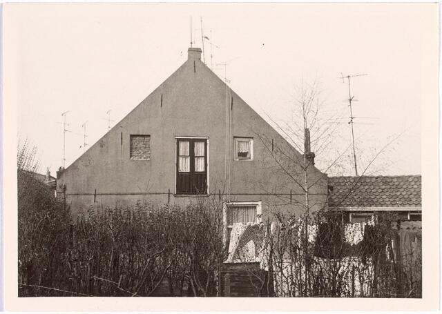 016998 - Zijgevel van het pand Van Bylandtstraat 86