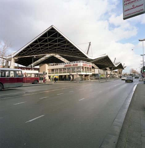 D-00569 - Station Tilburg centraal