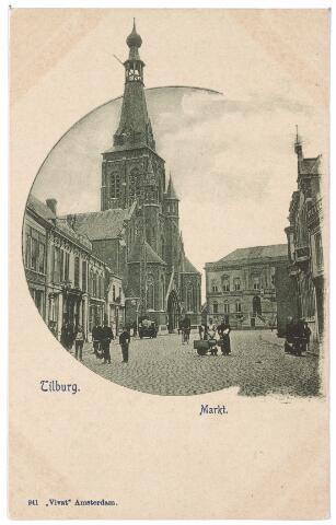 001848 - Markt met Heikese kerk en voormalige gemeentehuis.