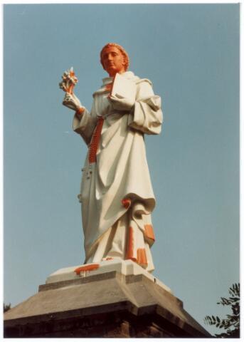 016060 - Beeld van Antonius van Padua van het kerkhof aan de Bredaseweg