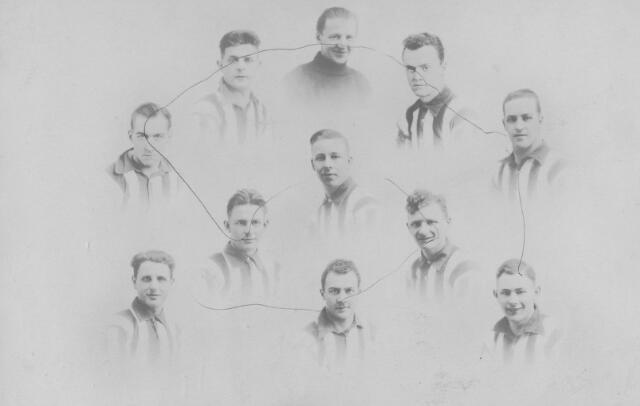 065800 - Voetbal. Willem II kampioen van het zuiden. De spelers zijn: Van der Aa, Van Loon, Klaassen, De Leeuw, Van Ierland, Wunner, Van de Wouw, Spijkers, Buddemeier, De Kanter en Maas.