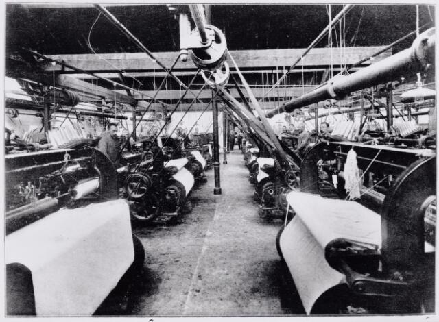 045779 - Textielindustrie. Weverij firma P.W. van de Lisdonk. Zie ook nr. 45777.
