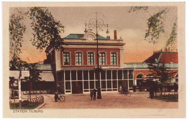 002263 - Station aan de Spoorlaan.