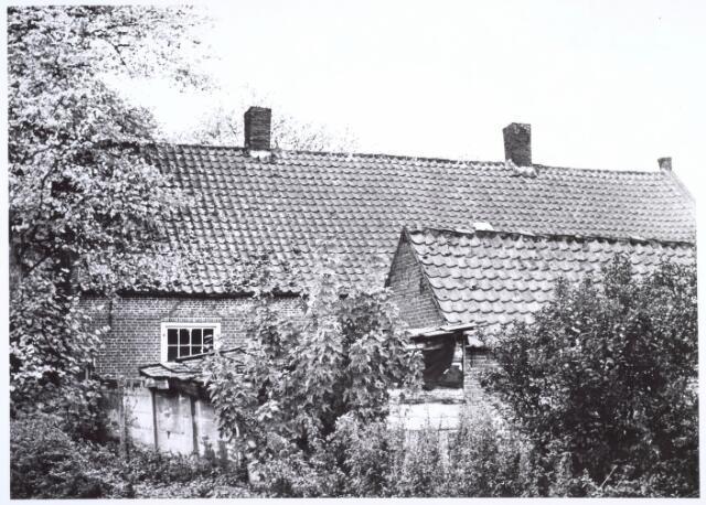 020214 - Achterzijde van het pand Hasseltplein 45 eind 1964