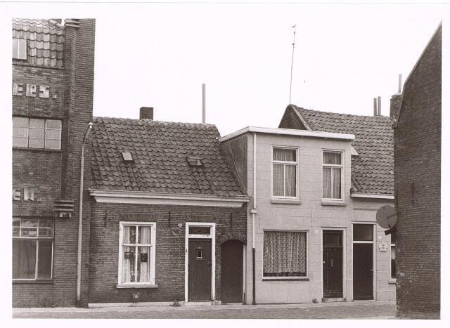 014289 - Panden St.-Anastraat 8 (links) en 10 (rechts)