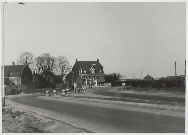 030396 - Aansluiting van de Ringbaan-West op de Ringbaan-Noord. Zie ook foto 030395.