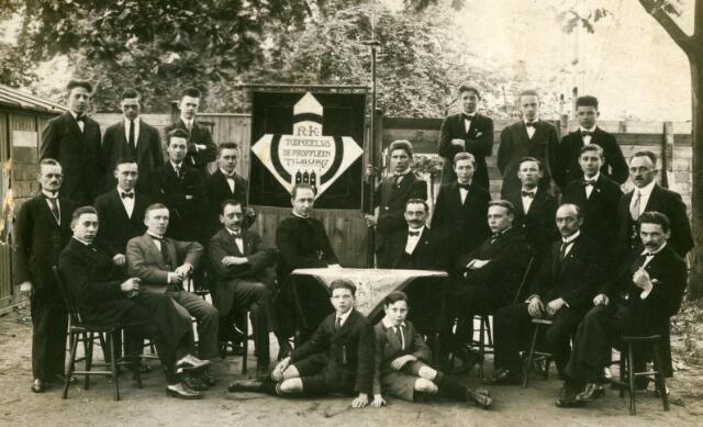 071741 - Cultuur. Vakbond. Toneelvereniging 'Propylyeën' onderafdeling van de R.K. Werkliedenvereniging afdeling Tilburg.