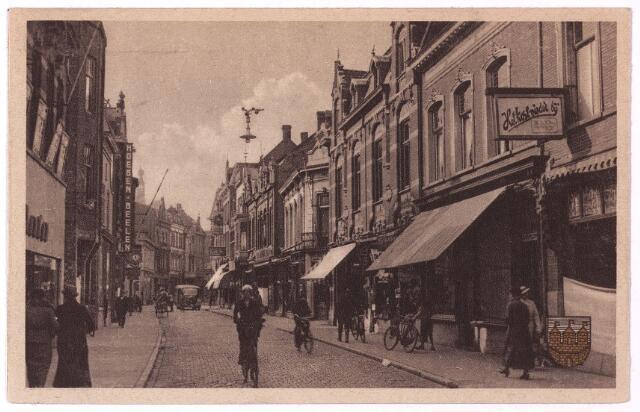 001110 - Heuvelstraat tussen Heuvel en Willem II-straat.