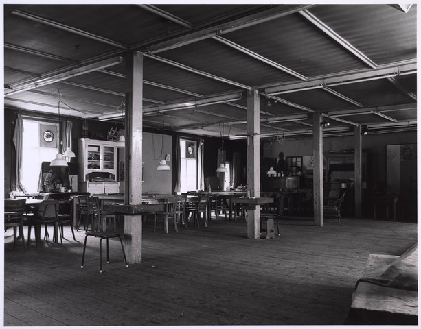 023222 - Duvelhok. Werkcentrum voor beeldende expressie. Interieur vóór de restauratie