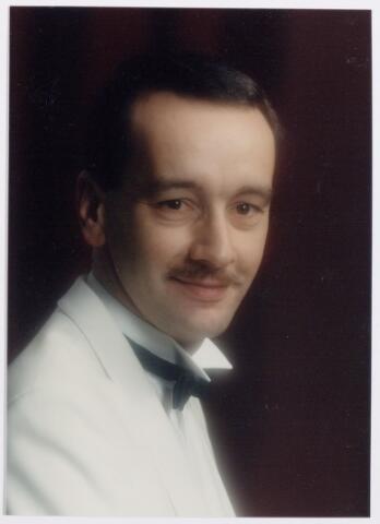 045256 - Pieter Zwaans, dirigent van harmonie l' Echo des Montagnes.