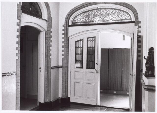 018030 - Interieur van het Ursulinenklooster in de Elzenstraat