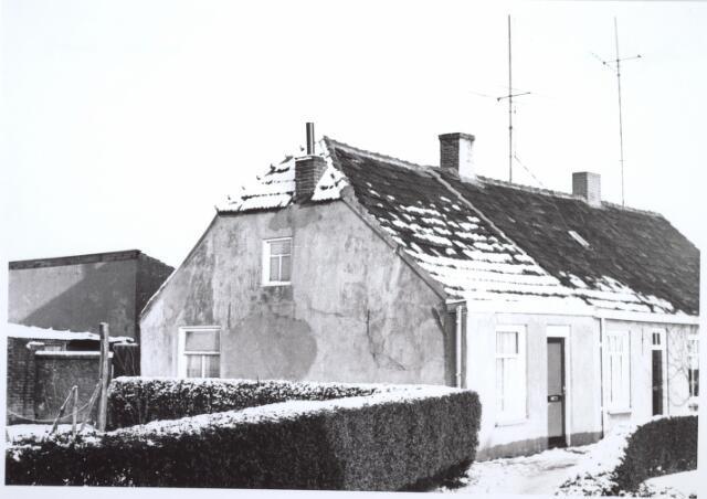 026662 - Pand Lijnsestraat 8, thans Mozartlaan eind 1964. Moest wijken in het kader van het uitbreidingsplan voor Tilburg-Noord