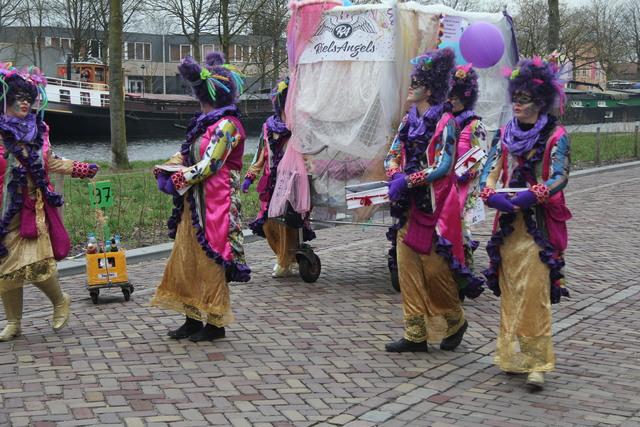 658141 - Carnaval. Optocht. Kruikenstad. D'n Opstoet door het centrum van Tilburg in februari 2017.