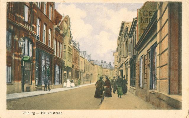 653978 - Tilburg. Ingekleurde tekening (naar een foto) van de Heuvelstraat zoals die was in het begin van de vorige eeuw.
