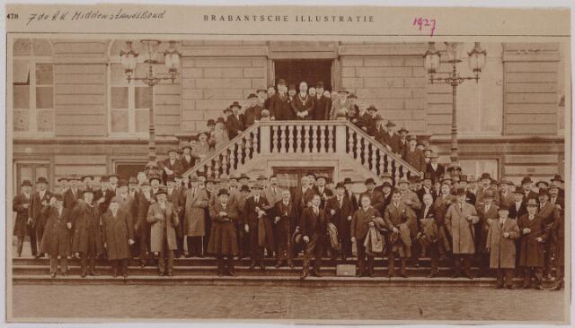 041302 - Jubileum. R.K. Middenstandsbond bijeenkomst te Tilburg b.g.v. het 25-jarig bestaan afd. Tilburg.