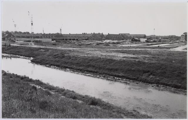 014491 - Batenburglaan in aanbouw, gezien vanuit de Bennebroekstraat