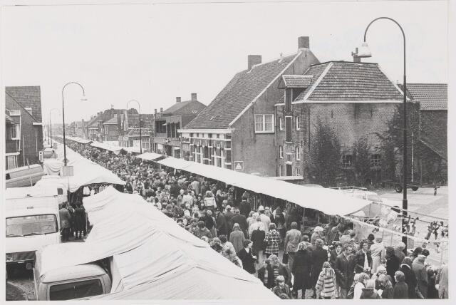 081583 - Jaarmarkt te Rijen