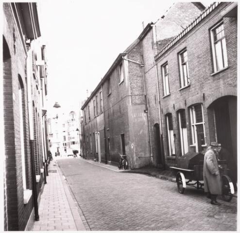 033142 - Telegraafstraat richting Heuvel met onder andere de panden nummers 2, 4,  6 en 8