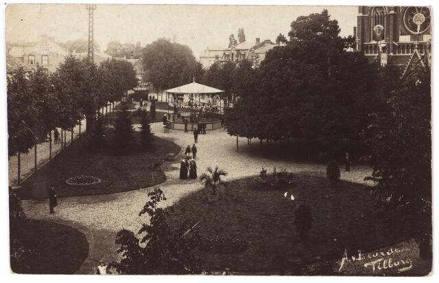000896 - De Heuvel aangelegd als een park ter gelegenheid van het gouden priesterfeest van A.D. Smits, pastoor-deken van Tilburg.