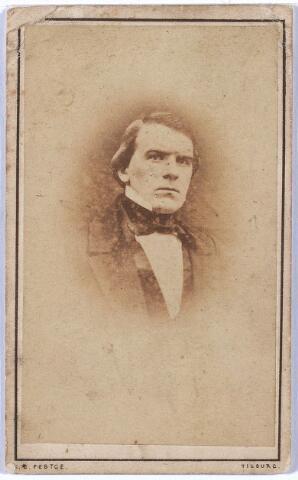 004940 - Petrus Hubertus KNEGTEL (Tilburg 1847-1921), tabakshandelaar. Zie foto nr. 4940