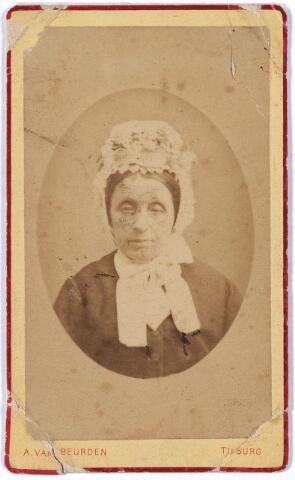 005617 - Tecla Huisman, geboren te Leeuwarden 14 oktober 1814, zij woonde te Tilburg als echtgenote van lakenfabrikant Pieter Gabriël Schoffers.