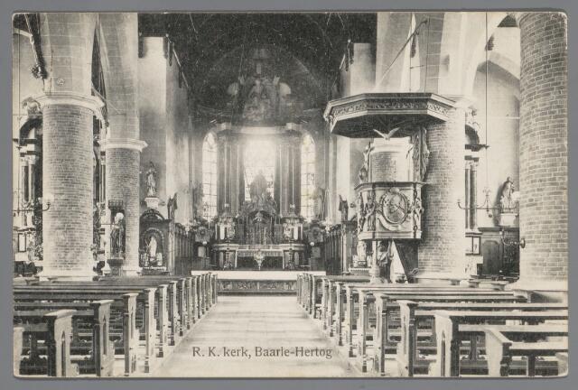 065631 - Interieur van de Rooms Katholieke kerk van Baarle-Hertog St. Remigius aan het Kerkplein