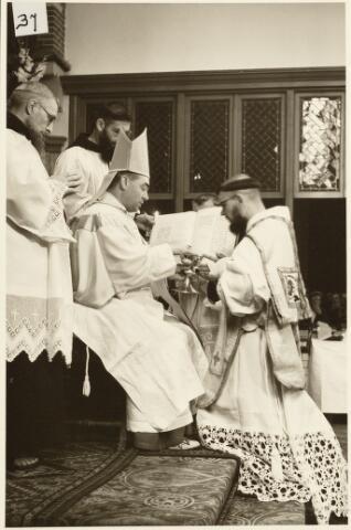050191 - Priesterwijding. Udenhout.