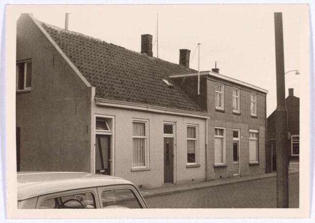 022317 - Panden Hoefstraat 142a tot en met 146 (van links naar rechts)