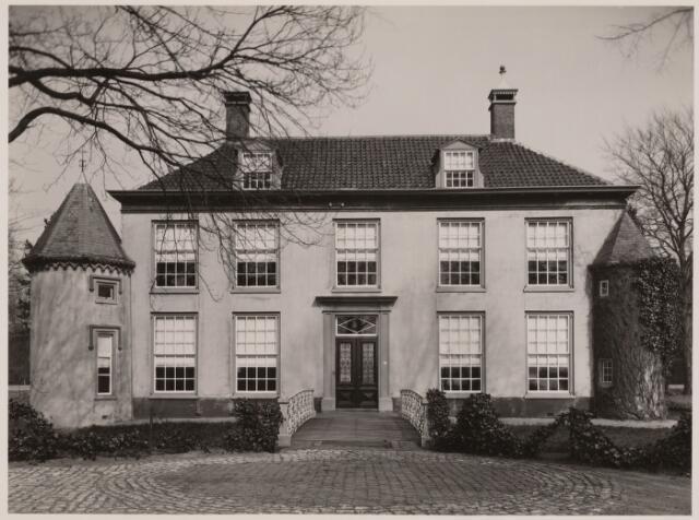 100833 - Huize Limburg. Gemeentehuis/raadhuis.