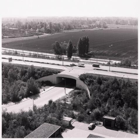 036503 - Panorama van Tilburg vanaf de bejaardenflat 't Laar.