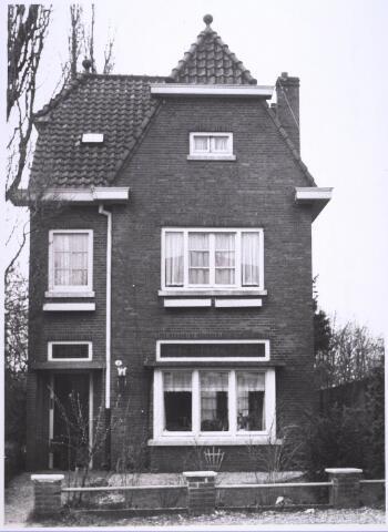 023870 - Pand Koningshoeven 4 begin 1967