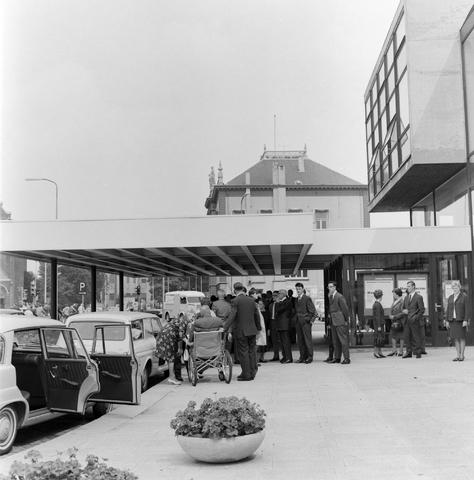 1237_012_999-1_002 - Textiel. Garenfabriek . Van Besouw. Jubileum J.B.M.Mes 1966 Schouwburg Tilburg