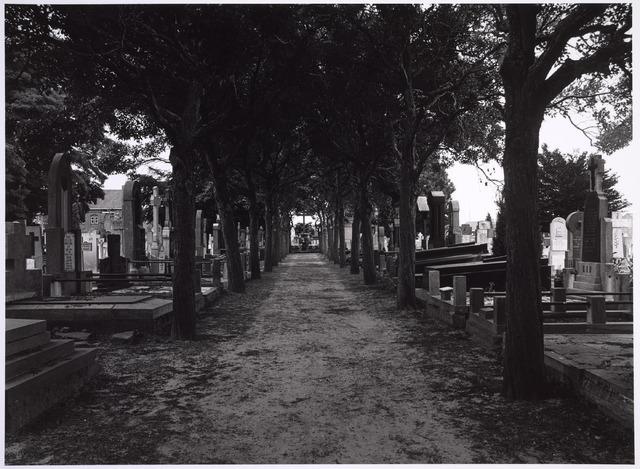 025010 - Graven op het parochiekerkhof van Korvel aan de Laarstraat