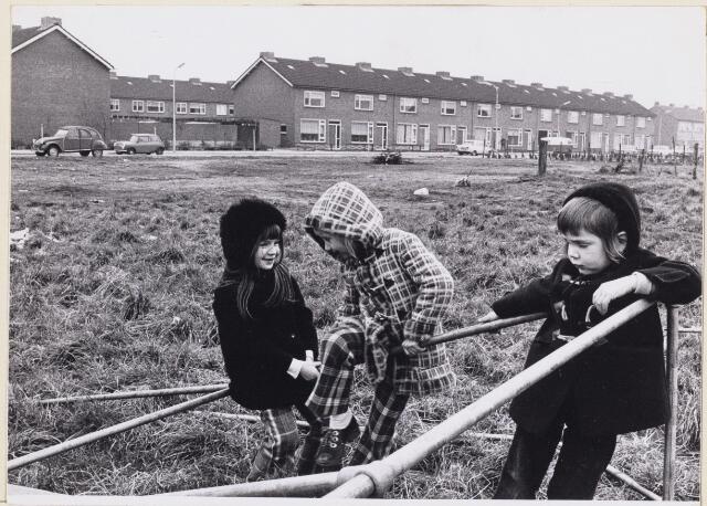 101373 - Strijen I. Speelplaats voor kinderen.