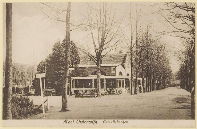 """073741 - Restaurant de """"Gemullehoeken"""" op de hoek Gemullehoekenweg/Kivitslaan."""