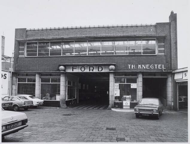 021180 - Garagewerkplaats van Knegtel. Werd gebouwd in 1933 en geopend op vrijdag 4 januari 1934