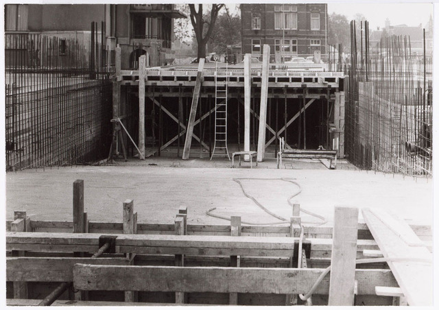 032612 - Nieuwbouw aan het Stadhuisplein